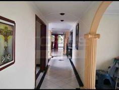 Casa en Venta - Laureles, Medellín | Ciencuadras Mirror, Furniture, Home Decor, Sell House, Life Insurance, House Beautiful, Decoration Home, Room Decor, Mirrors