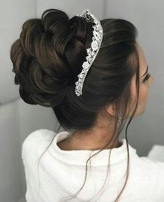 Pin by stephanie peruscello on wedding hairstyles Sweet 16 Hairstyles, Quince Hairstyles, Bride Hairstyles, Chignon Hairstyle, Wedding Tiara Hairstyles, Braided Updo, Bridal Hair Updo, Wedding Hair And Makeup, Wedding Updo