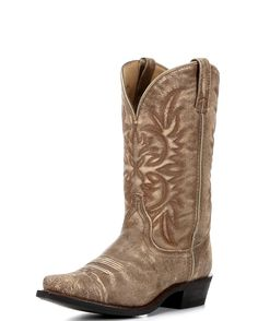 Shop quality Women's Cowgirl Boots at Country Outfitter for hard to beat prices. You'll find your country when you shop Country Outfitter today! Wide Calf Cowgirl Boots, Womens Cowgirl Boots, Western Boots, Cowboy Boots, Pull On Boots, Jeans And Boots, Dingo Boots, Country Outfitter, Ankle Heels