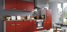 klassische rote Küche