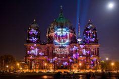 Berliner Dom /// Berlin Cathedral Church @ Berlin FESTIVAL OF LIGHTS 2008 (c) Festival of Lights / Christian Kruppa #Berlin #FestivalofLights #BerlinerDom #BerlinCathedralChurch