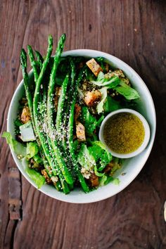spring gratitude bowls // asparagus, lentils, roasted mushrooms, honey mustard vinaigrette // gratitude and greens // #vegan #plantbased #recipe