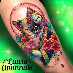 The pink-haired tattoo artist Laura Annunaki (or Laura Aguilar) was born in Japan, and now lives and works in Mexico. Obsessed by Pokemons and other cute creatures of Japanese animation, she creates tattoos with many bright colors and sparkling elements. Girly Tattoos, Badass Tattoos, Cute Tattoos, Beautiful Tattoos, Body Art Tattoos, Kawaii Tattoos, Tatoos, Classy Tattoos, Japanese Tiger Tattoo