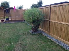 After the install of new Jacksons Featherboard fence panels. Featuring a Venetain panel used as a screen.