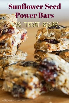 Healthy sunflower seed power bar dog treats packed full of essential nutrients and natural goodness. Pumpkin Dog Treats, Diy Dog Treats, Homemade Dog Treats, Healthy Dog Treats, Healthy Food, Easy Dog Treat Recipes, Dog Food Recipes, Power Bars, Gluten Free