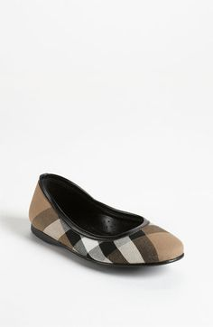 Burberry 'Adelle' Flat - match this pair of flat girls shoes with one of claradeparis.com 's outfit