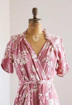 Vintage 1930s Robe  1940s Robe  30s 40s Mauve by LivingOnVelvet, $47.00