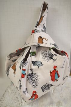 赤ずきん柄のキルトバッグ | コッカファブリック・ドットコム|布から始まる楽しい暮らし|kokka-fabric.com