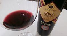 Região de Nemea é sinônimo da variedade Agiorgitiko. Esta uva tinta é uma das mais importantes da Grécia. A Winelands é importadora exclusiva da Cavino, que produz este vinho.