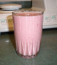 Strawberry Banana Kefir Smoothie