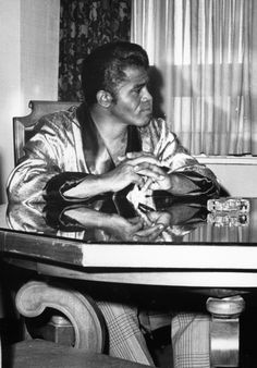 James Brown, the master of funk chillaxin'