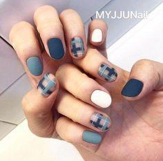 47 Trendy Short Gel Nails With Rhinestones Plaid Nail Art, Plaid Nails, Swag Nails, Korean Nail Art, Korean Nails, Short Nail Designs, Nail Art Designs, Burberry Nails, Short Gel Nails