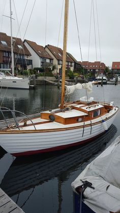 Sailing Yacht 22 ft Wooden Classic 1963 Restored