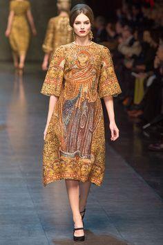 Dolce & Gabbana - PasarelaThe Bizantine look its more than perfect!!!