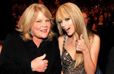 Taylor Swift Just Revealed That Her Mom Has Cancer
