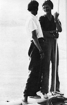 Coco Chanel's 1930′s Deauville seaside style >>  Gabrielle Chanel (à droite) et son amie la cantatrice Marthe Davelli (Coll. Denise Tual)