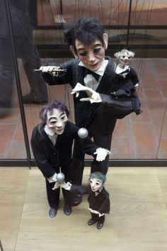 Puppet with puppet with puppet ...