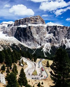 Mavic @Mavic pic.twitter.com/N2ISiwRK1x Today is rest day, let's look back at beautiful Dolomites #giroditalia #giro - pictures by @jeredgruber
