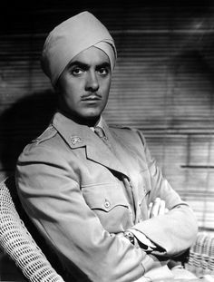Portrait of Tyrone Power for The Rains Came directed by Clarence Brown, 1939 Tyrone Power, Loretta Young, Real Movies, Kid Movies, Jesse James, Classic Movie Stars, Classic Movies, Hollywood Fashion, Classic Hollywood