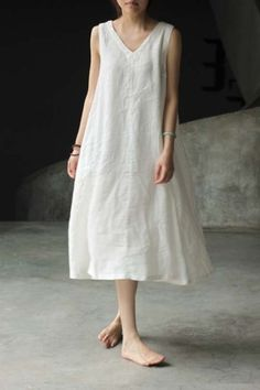 I used to wear this type of clothes back in the when I was pregnant, even if… - Sommer Kleider Ideen Trendy Dresses, Simple Dresses, Summer Dresses, Simple Dress Casual, White Linen Dresses, White Dress, Look Fashion, Womens Fashion, Fashion Design