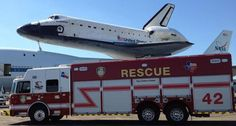 Houston Fire Department   Houston Fire Department with the Space Shuttle Endeavour