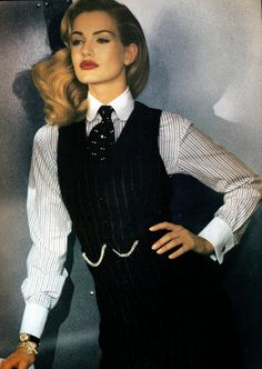 Karen Mulder by Sheila Metzner 1992 Suit Fashion, Look Fashion, 90s Fashion, Vintage Fashion, Fashion Outfits, Fashion Design, Queer Fashion, Fashion Hacks, Tomboy Fashion