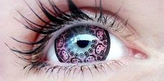 Outfit your eyes with Sanrio's favorite feline with the Hello Kitty contact lenses. With customized Hello Kitty graphics on the lens, these unique contacts will Pretty Eyes, Cool Eyes, Beautiful Eyes, Amazing Eyes, Cool Contacts, Colored Contacts, Eye Contacts, Color Fantasia, Hello Kitty Coloring