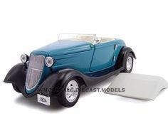 1934 Ford Custom Convertible Blue 1/24 Diecast Car Model by Unique Replicas   Car Intensity