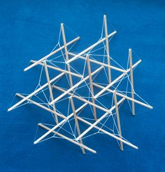 Simple tensegrity structures