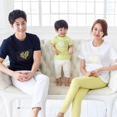 summer family clothing 2017 children short sleeve T-shirt Korean version beach Mom Dad Son tshirt family wear couples clothes Couple Outfits, Matching Family Outfits, Short Outfits, Girl Outfits, Beach Mom, Korean Products, Mom And Dad, Dad Son, Matches Fashion