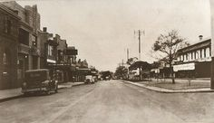 Argyle St (Hume Highway),Camden in south western Sydney in 1938 with Bank of New South Wales and Rural Bank on left looking east. Camden Nsw, Back In The Day, Historical Photos, Sydney, Westerns, Past, Street View, Australia, South Wales