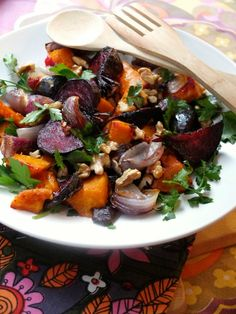 21. Roasted Butternut Squash, Beets, and Walnut Salad  #butternut #squash #recipes http://greatist.com/eat/butternut-squash-recipes-31-ways-to-enjoy-it-at-every-meal