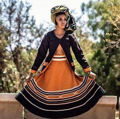 African Wedding Dress, African Print Dresses, African Fashion Dresses, African Dress, African Traditional Wear, Traditional Fashion, Traditional Wedding, Pedi Traditional Attire, Xhosa Attire
