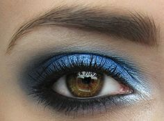 How to wear Blue makeup