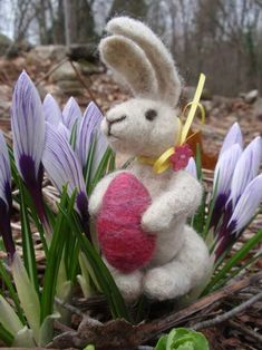 Needle Felted Easter Bunny by Dianne Parmelee