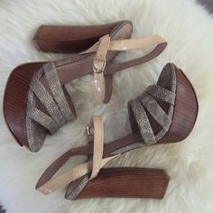 Vince Camuto Miner wood platform sandals Vince Camuto Miner platform sandals with wooden platform and heel. Strappy sandal with pebbled, textured stingray color leather and nude patent ankle straps. In very good used condition with minimal scuffs and wear. Vince Camuto Shoes Platforms