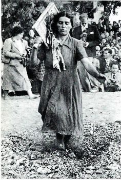 Anastenaria (the day of Santa Elena) is a traditional fire-walking ritual performed in some villages in Northern Greece. Vintage Pictures, Old Pictures, Old Photos, Greek Traditional Dress, Greece Pictures, Greece Photography, Greek History, Photographs Of People, Athens Greece
