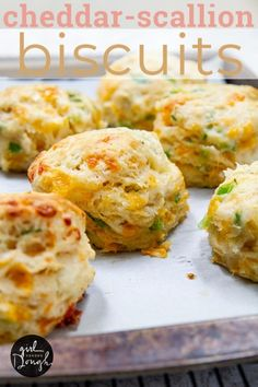10 Most Misleading Foods That We Imagined Were Being Nutritious! Cheddar-Scallion Biscuits - Easy Homemade Biscuits Filled With Layers Of Melty Cheese And Sliced Scallions. Savoury Biscuits, Cheddar Biscuits, Fluffy Biscuits, Mayonaise Biscuits, Oatmeal Biscuits, Cinnamon Biscuits, Cheese Biscuits, Cheddar Cheese, Biscuit Recipe