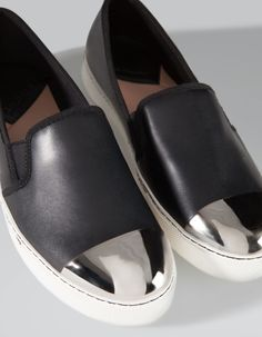 Slip on Puntera Metal Stradivarius 25,99