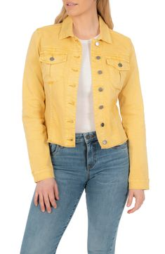 Green Jacket Outfit, Red Denim Jacket, Jacket Style, Capsule Wardrobe Work, Yellow Jeans, Jackets For Women, Women's Jackets, Casual, Clothes