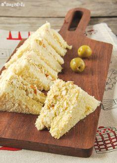 Sandwich de pollo y olivas con almendras   L'Exquisit