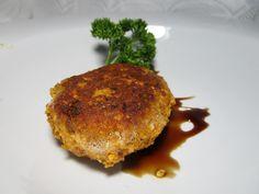 Vegetarische Reiswaffel-Frikadellen - sehr einfach zuzubereiten, vegetarisch, eignet sich auch für Burger. Über 4 Bewertungen und für lecker befunden. Mit ► Portionsrechner ► Kochbuch ► Video-Tipps!