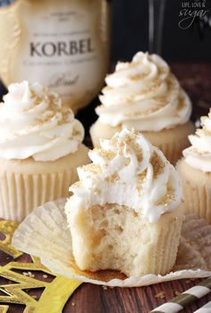 Champagne Cupcakes. Substitute Ginger Ale for Champagne if you'd like!