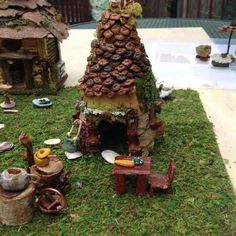 Fairy garden small house with stove and accessories