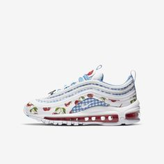 Cute Sneakers, Casual Sneakers, Air Max Sneakers, Sneakers Fashion, White Nike Shoes, Nike Air Shoes, Nike Air Max, Aesthetic Shoes, Hype Shoes