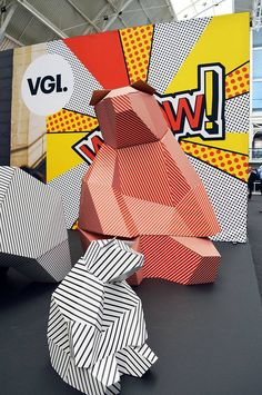 Interesting! Print Company VGL (UK) created my Sittin Bears in huge scale out of cardboard!
