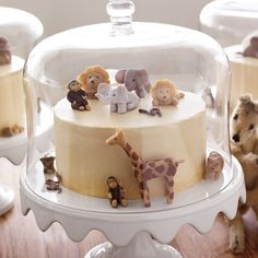 Martha Stewart's Grandaughter's Sophisticated and Sweet First Birthday Party
