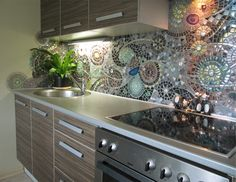 16 Inexpensive & Easy DIY Backsplash Ideas To Beautify Your Kitchen - design-ideen Kitchen Mosaic, Mosaic Backsplash, Diy Kitchen, Awesome Kitchen, Backsplash Design, Mosaic Tiles, 1970s Kitchen, Cheap Kitchen, Tiling
