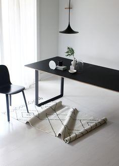 Chair TABLE MUUTO http://decdesignecasa.blogspot.it