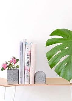 DIY faux granite bookends